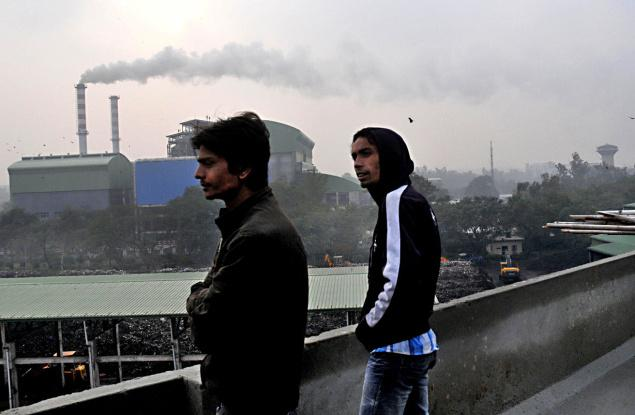 The Timarpur-Okhla wasteto- energy incinerator near Sukhdev Vihar. Photo: V. Sudershan